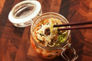10 DIY Instant Cup Noodles