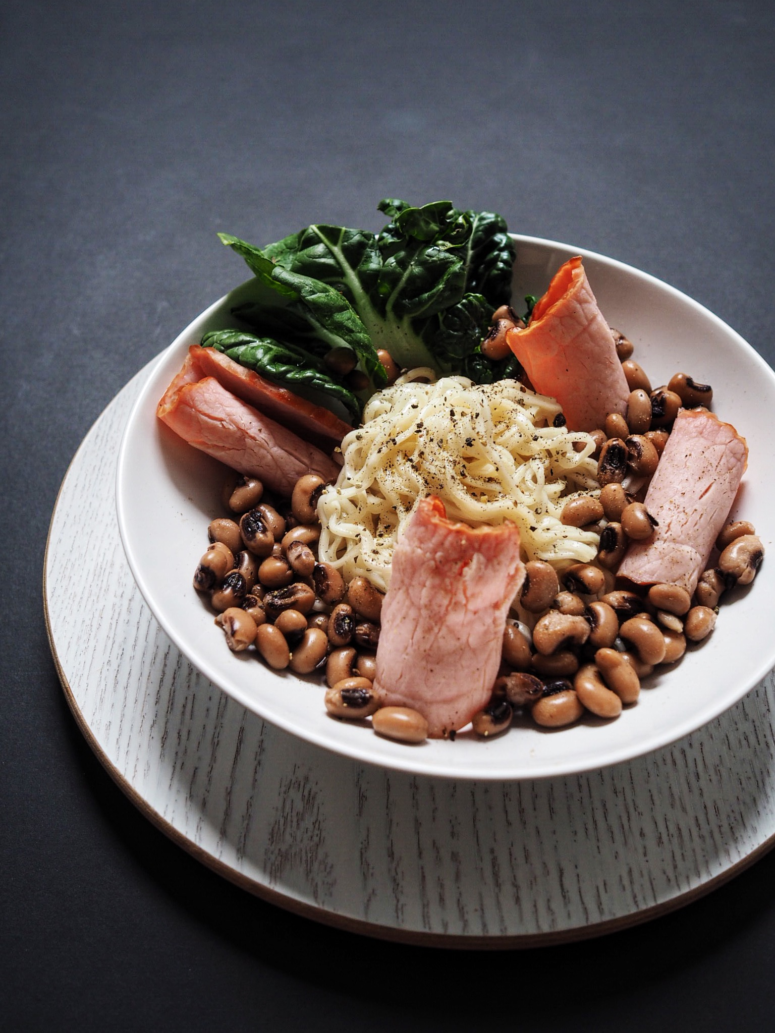 30-Minute Chicken Ham and Black Eyed Peas Noodle